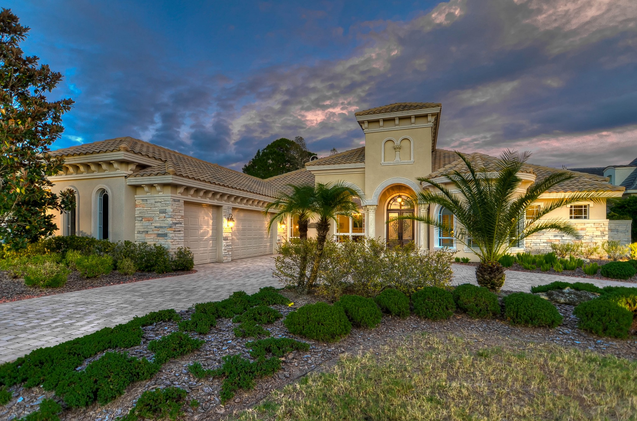 Real Estate Photographer Tampa Twilight 1